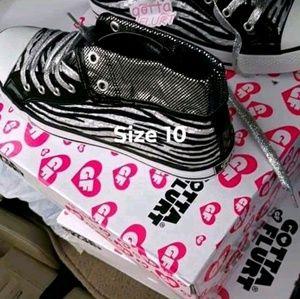 Zebra gotta flirt